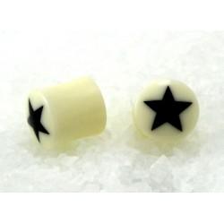 Plug blanc étoile noire en corne